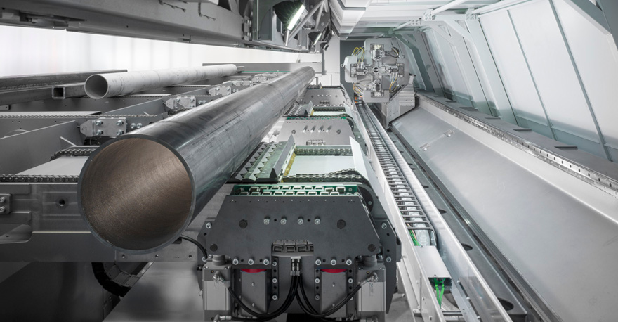 Ladung von Rohren mit unterschiedlichen Abschnitten auf dem Lasertube-System LT14 FIBER