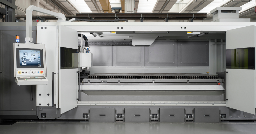 The front doors to the system can be widely opened to access all the working area of the machine