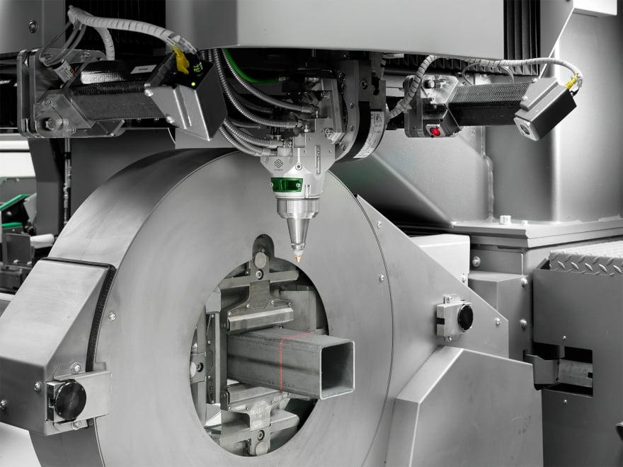 Lasertube interfacciato con ERP