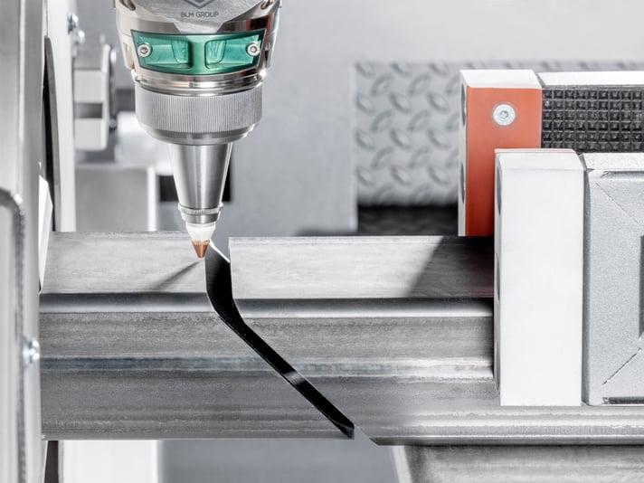 taglio-pezzi-adiacenti-su-laser-tubo